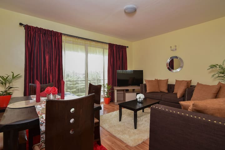 Elegant Two Bedroom Near Two Rivers Mall