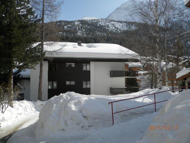 Gemütliche Skiwohnung an Top Lage in Saas Fee ! - Saas-Fee - Apto. en complejo residencial