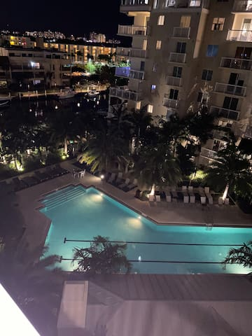 Super Bowl week luxury condo Fort Laud beach