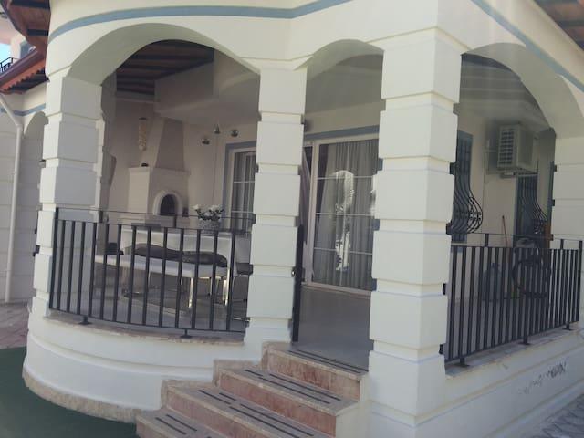 3 bedroom Fethiye, Calis Beach, 450 metre