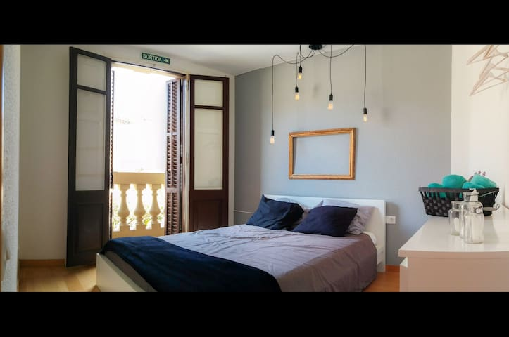 Cozy Place to enjoy BCN your way! (AC included!!) - Barcelona - Daire