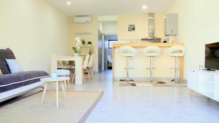 Superbe T2 en Rez-de-jardin à 100 m de la plage - La Saline-Les-Bains - Apartamento
