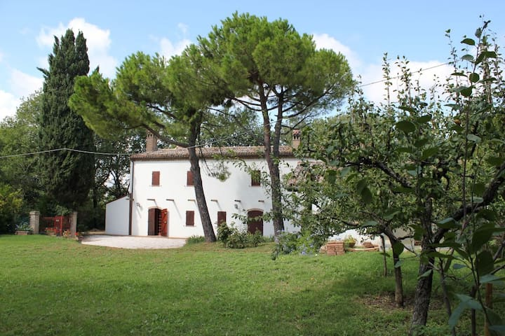 Typical country house 5 km from the sea.