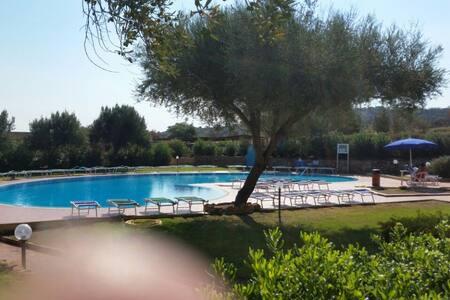 Monolocale in Residence con piscina a Porto Istana