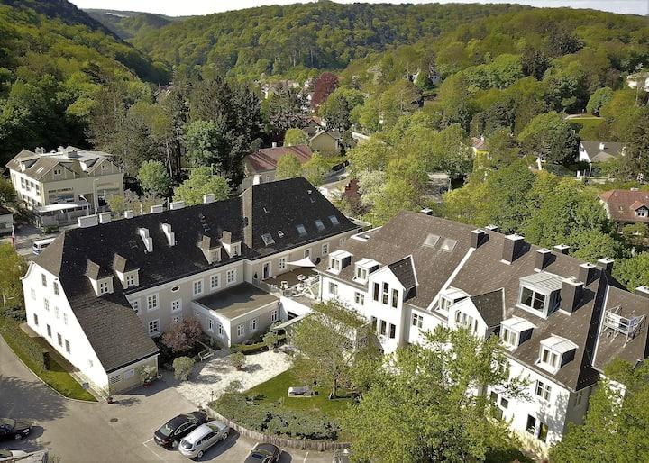 Wohnen in einem historischen Gasthaus nahe Wien