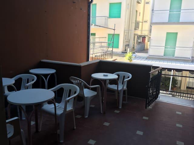 Big room double a 50 mt dal mare - Rimini - Talo