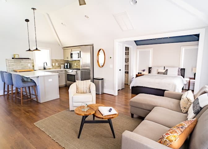 Newly Constructed Loft Apartment in 12th South