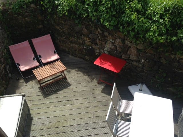 Airbnb île Darz Vacation Rentals Places To Stay