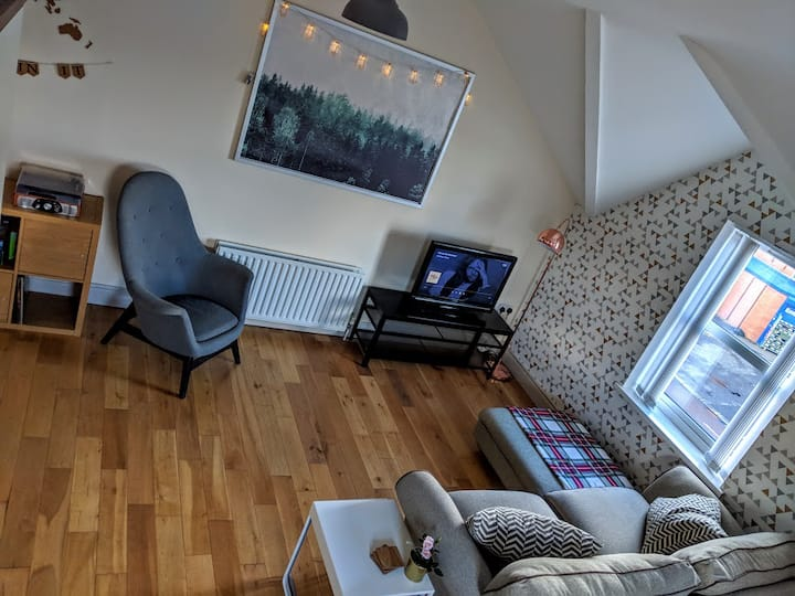 The Cubby: Cute 2 bed close to the city centre
