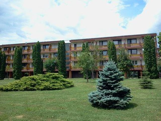 A Nyugati Part Gyöngyszeme - Keszthely - Apartment