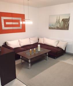 Top Wohnung zwischen Köln und Bonn - Bornheim - Apartment