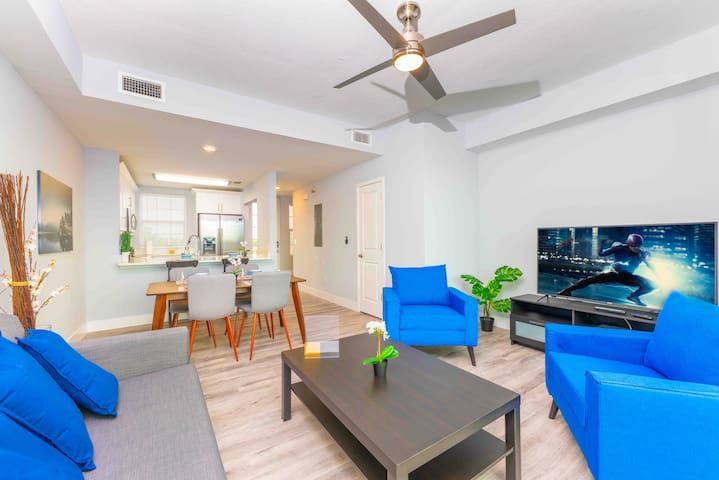 *Magnificent Tampa Bay Views* New Modern Unit 3282