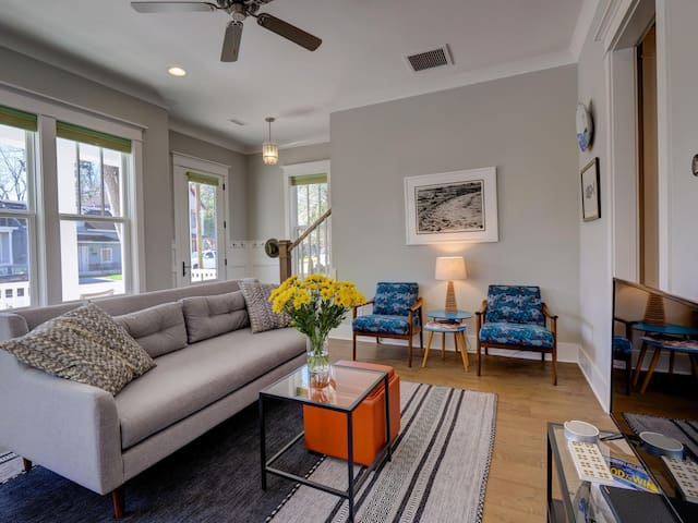 #1 Airbnb in Wilmington SLEEPS 10 DOWNTOWN!