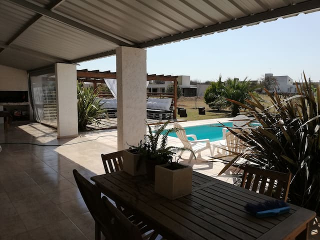Casa en Causanas,  cerca de Carlos Paz.