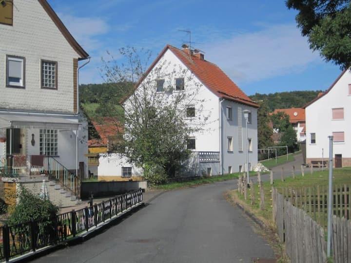 Haus-Dorfidyll
