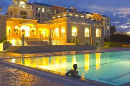 Hotel-like 1BR for RENT @ Chateau E - Parañaque - Condomínio