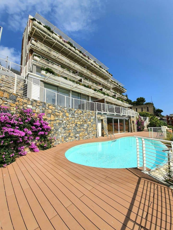 Exclusive Apartment- Alassio