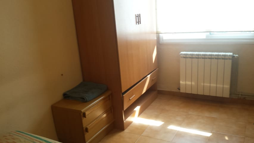 lovely room en Tarragona - Tarragona - Apartment