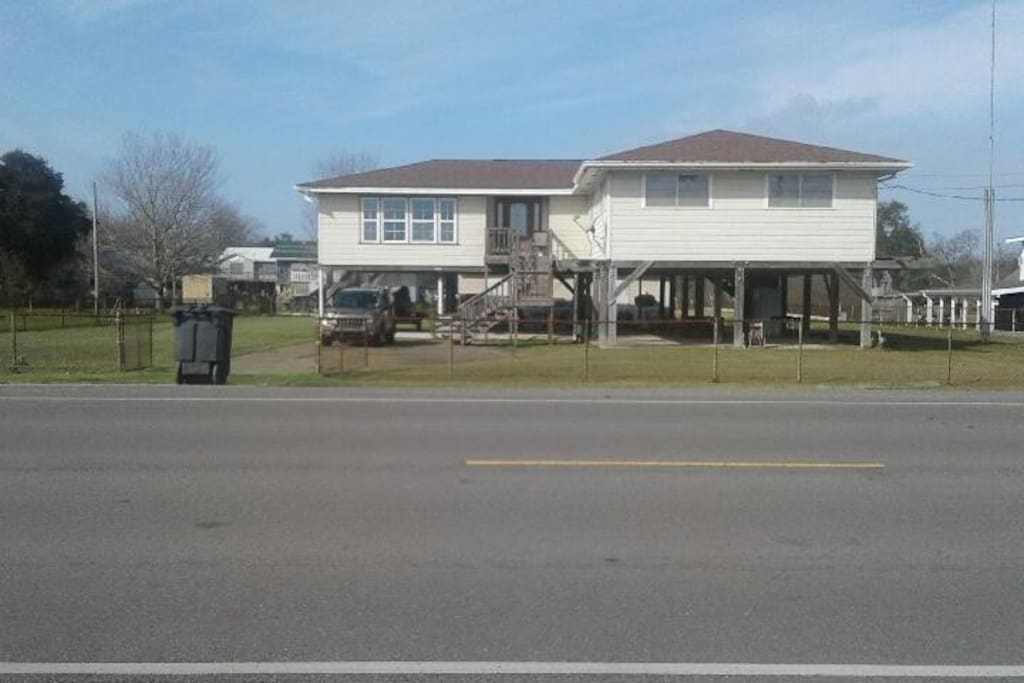 Greatest fishing in the world houses for rent in for Fishing camps for rent in louisiana