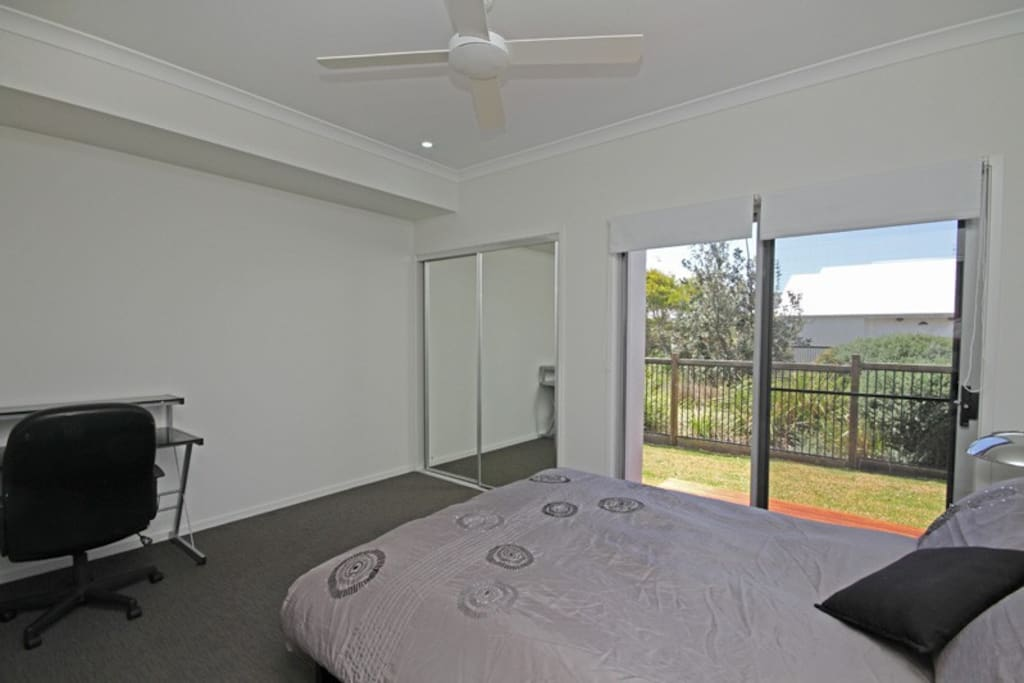 Private Bedroom with Desk and own access