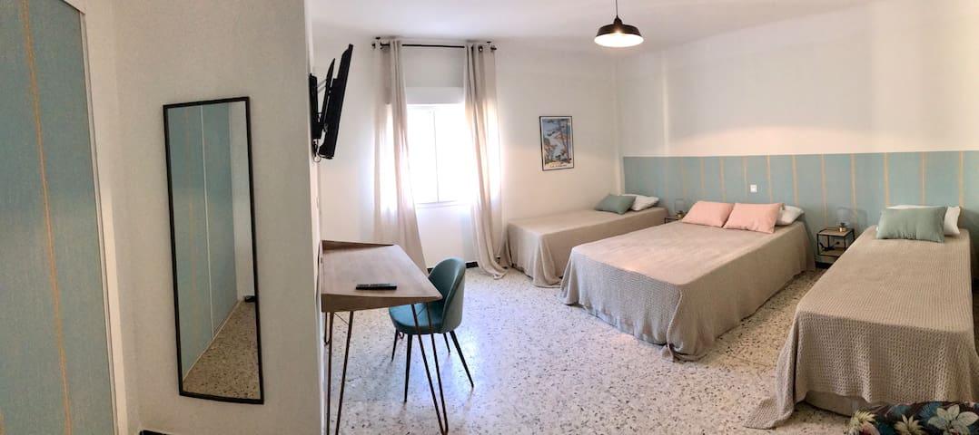 Chambre familiale (4 pers) - Casa Orfea Algajola