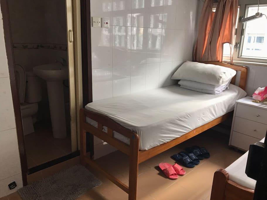三人房,獨立廁所