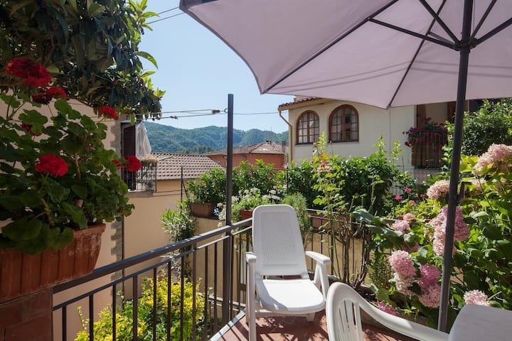 """Appartamento Biassa """"Il Carugio"""" CIT011015-LT-0155"""