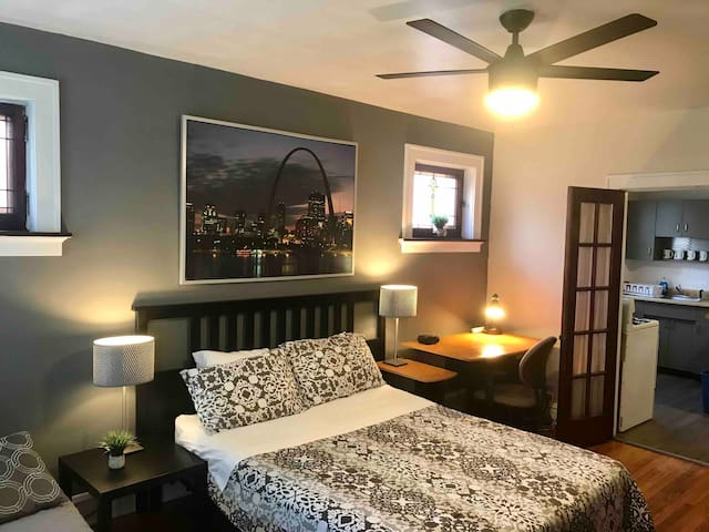 Private bedroom in south city