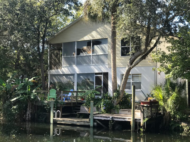 Weeki Wachee Garden House