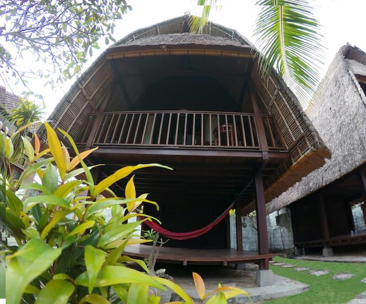 Lumbung hut/ Rama Garden Lembongan