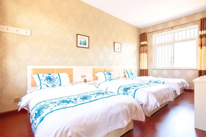 三张1.2x2米单人床卧室