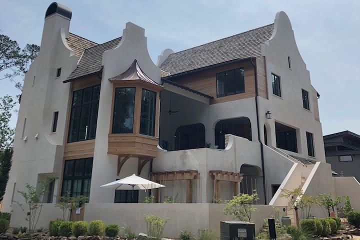 Luxurious Oasis in Serenbe - sleeps 10