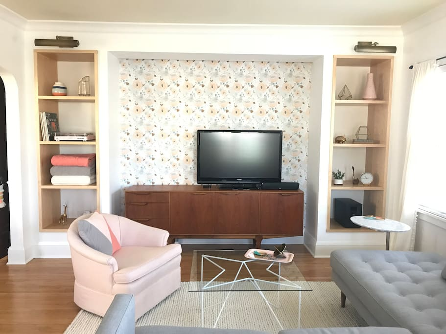 Cozy living room with basic cable, Apple TV with Netflix, HBO Go, Hulu and more!