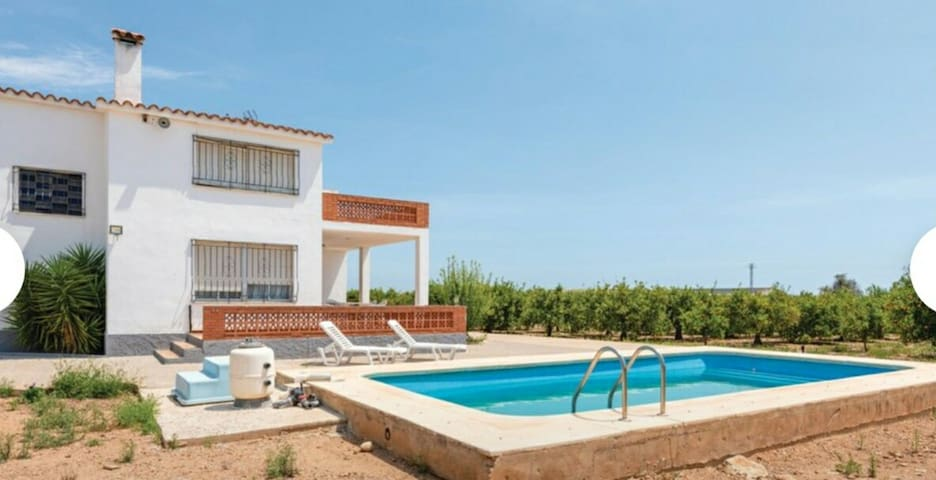Casa rural vallada a 5 minutos de la playa