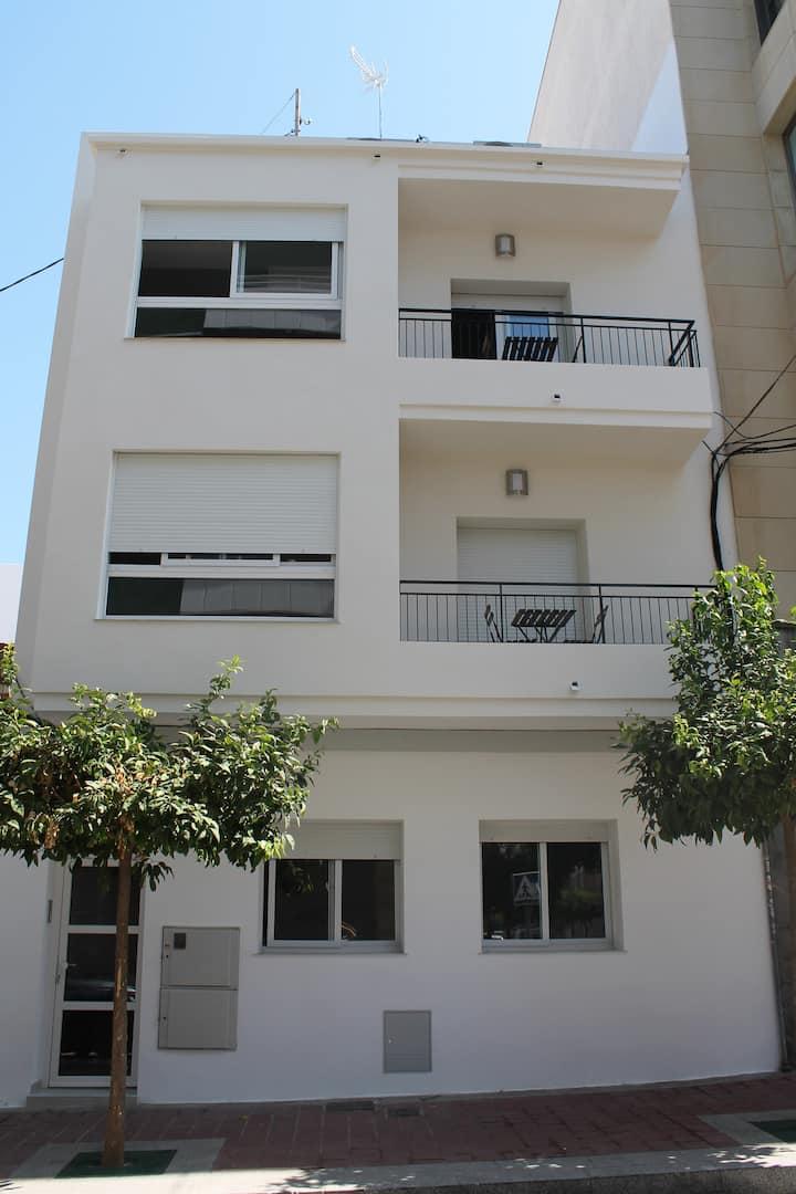 GBH Apartamentos San Jaime | Bajo con patio privado