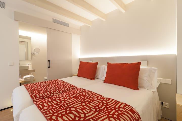 Fil Suites -Double Room