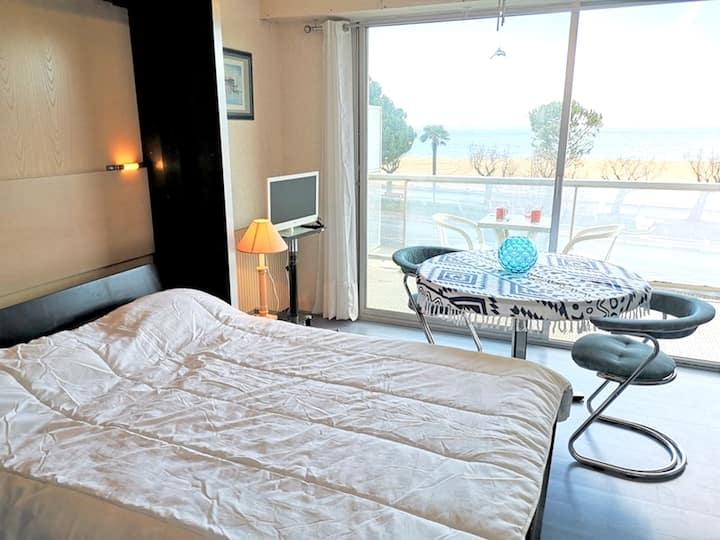 Studio à Arcachon, avec magnifique vue sur la mer et balcon aménagé