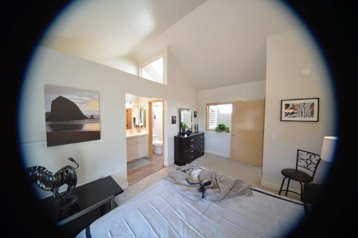 LUXURY RIVER-VIEW CONDO LEASE TO BUY?