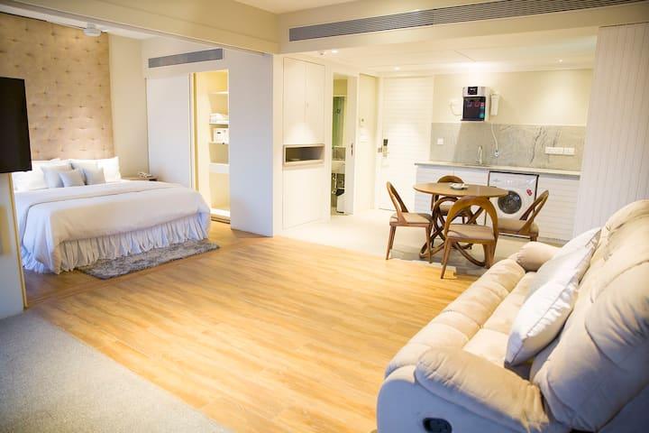 1 BHK Suite Apartment in Dona Paula