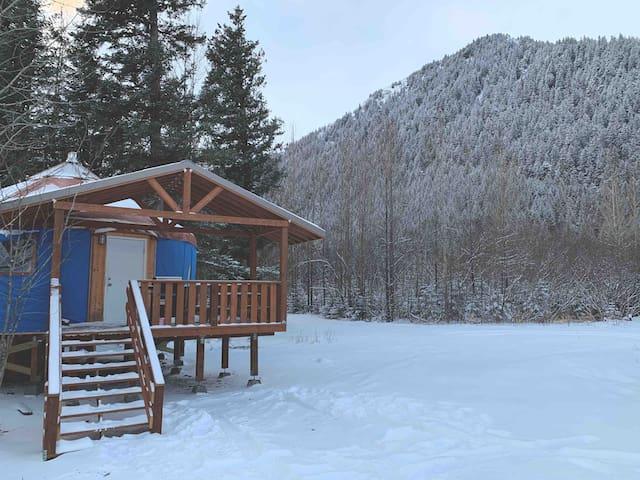 AK Oceanfront Full Yurt