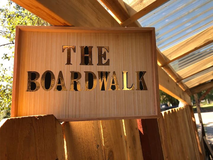 The Boardwalk: Home Comfort and Privacy!