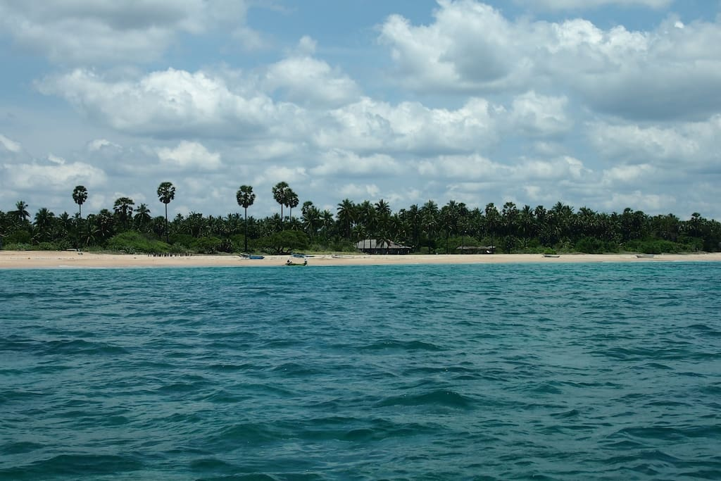 108 Palms Beach Resort (Uppuveli-Nilaveli)