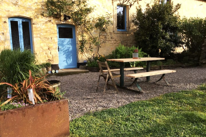 Le Mont de la Louve - Holiday cottage Bis
