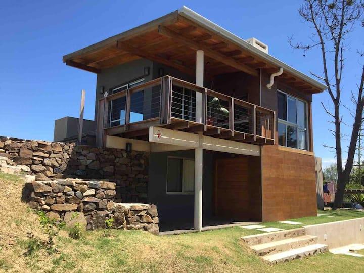 Casa primera línea frente al mar en Punta Colorada