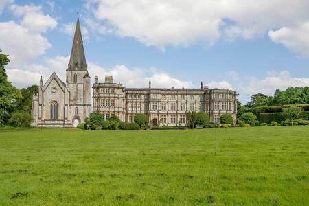 Benedictines Retreat (UK11756)