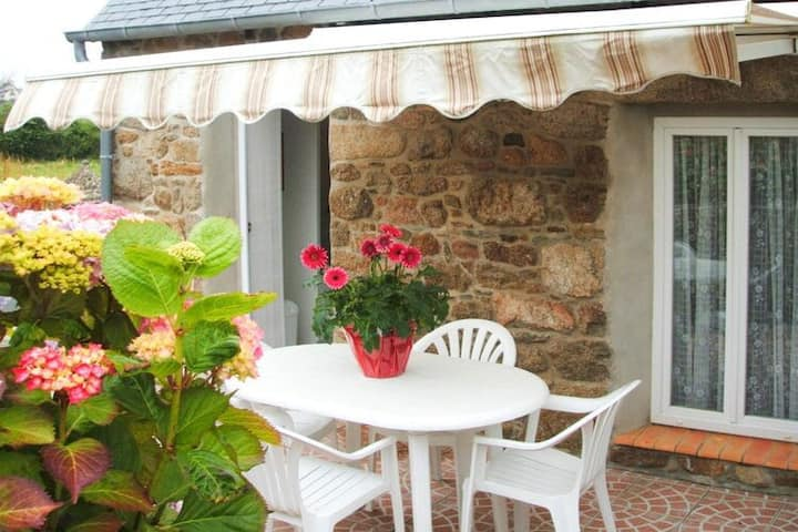 4 star holiday home in Lanmodez