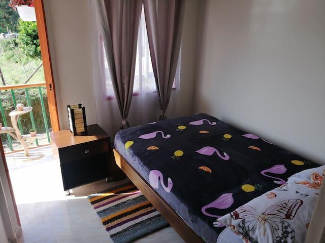 Habitación principal y privada