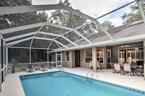 Private home in Citrus Springs with lanai and pool