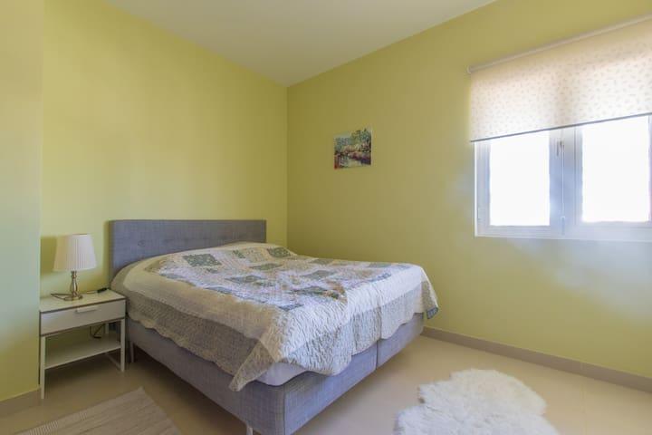 Affordable 1 Bedroom in greenly Al Furjan - ดูไบ - อพาร์ทเมนท์