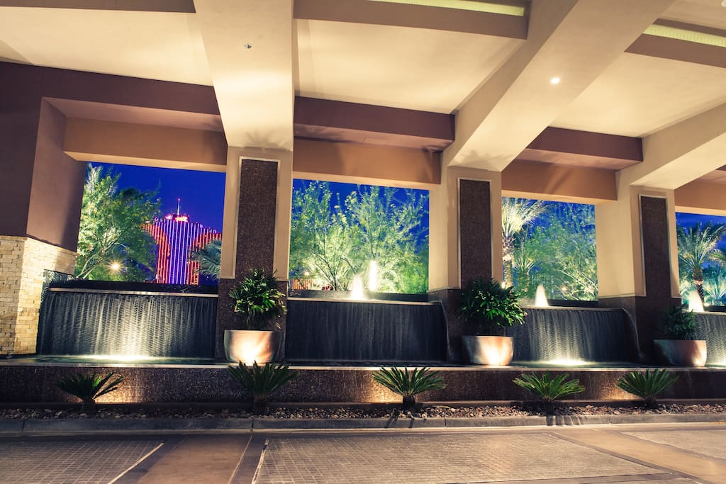 Resort Style Stay 3 Bedroom Hosts 10 Guests Condominiums For Rent In Las Vegas Nevada